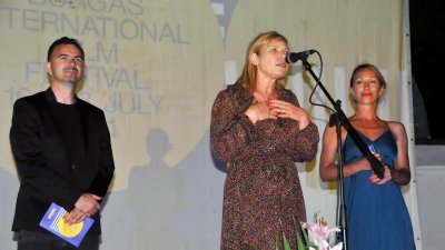 Емил Ованесов, Диана Саватева и Антония Цинова открита шестото издание на фестивала. Снимки Черноморие-бг