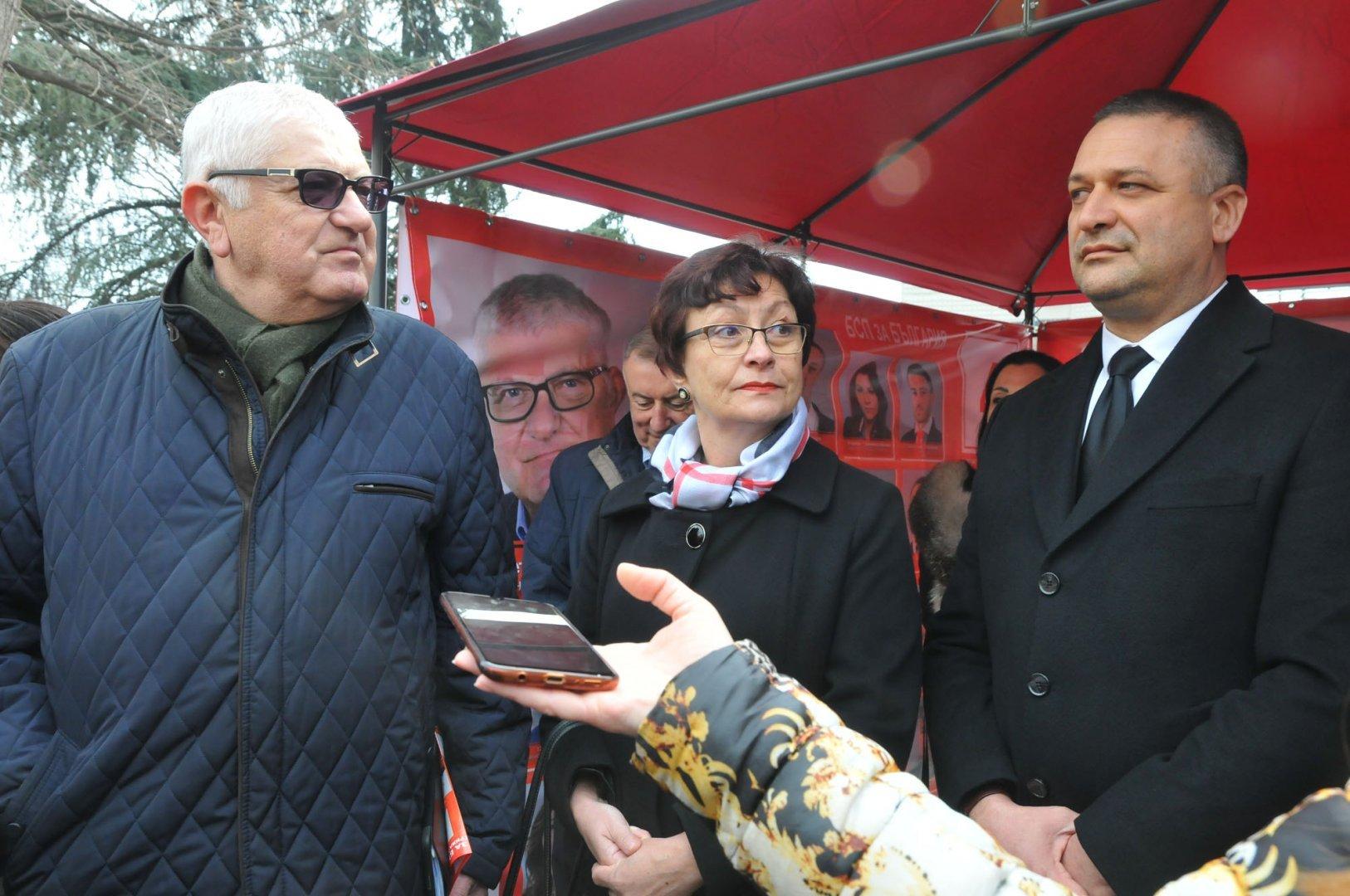 Петър Кънев, Юлия Йоргова - Форд и Тодор Байчев са първите трима в листата. Снимки Архив Черноморие-бг