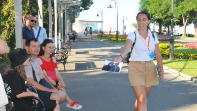 Кинотурът поведе участниците на вълнуваща обиколка из Бургас. Снимки Черноморие-бг