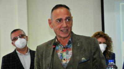 Любен Дилов - син за втори път е водач на листа в Бургас. Този път тя е на коалиция ГЕРБ - СДС. Снимка Черноморие-бг