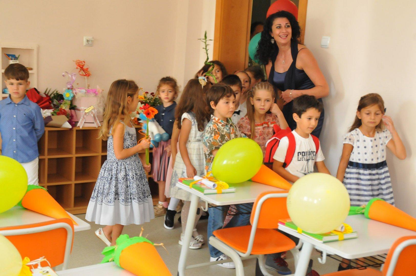 Учениците ще се обучават в обзаведена класна стая. Снимка Архив Черноморие-бг