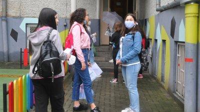 Родители искат сами да преценят дали децата им да носят маски или не. Снимка Архив Черноморие-бг