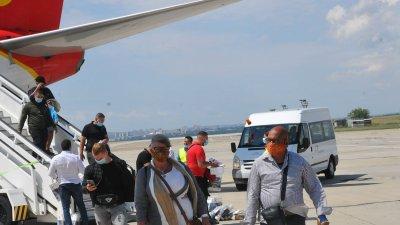 Авиокомпаниите в световен мащаб са сред най-губищите от пандемията. Снимка Архив Черноморие-бг