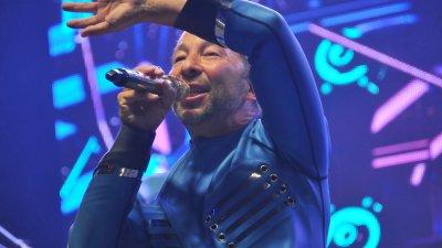 Десетки пяха и танцуваха пред сцената на фестивала с DJ Bobo. Снимки Черноморие-бг