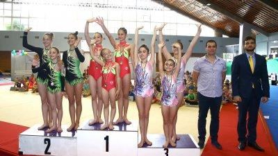 При женските тройки Бургас има златен и бронзов медал. Снимки БФСА
