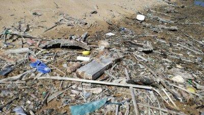 Според прогнозите, 70% от морските отпадъци се утаяват на дъното