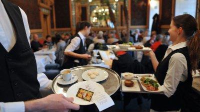 Една от професиите, по която ще има обучение, е ресторантьор. Снимката е илюстративна