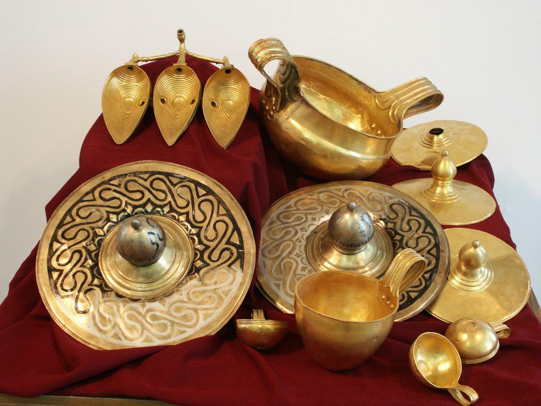 Копието на съкровището ще бъде подредено в зала Трезор на Археологическата експозиция в морския град