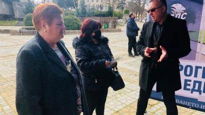 Винаги се явяваме на избори с конкретни акценти, които и този път ще реализираме през следващите 4 години, каза Димитър Бойчев (вдясно)