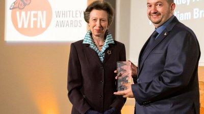 Нейно Кралско височество принцесата на Кралския дворец Анна връчи наградата на д-р Николай Петков. Снимка БДЗП