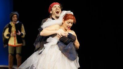 Александра Сърчаджиева игра в Бургас с трупата на старозагорския театър