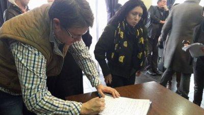 Журналистите подкрепиха декларацията с подписите си