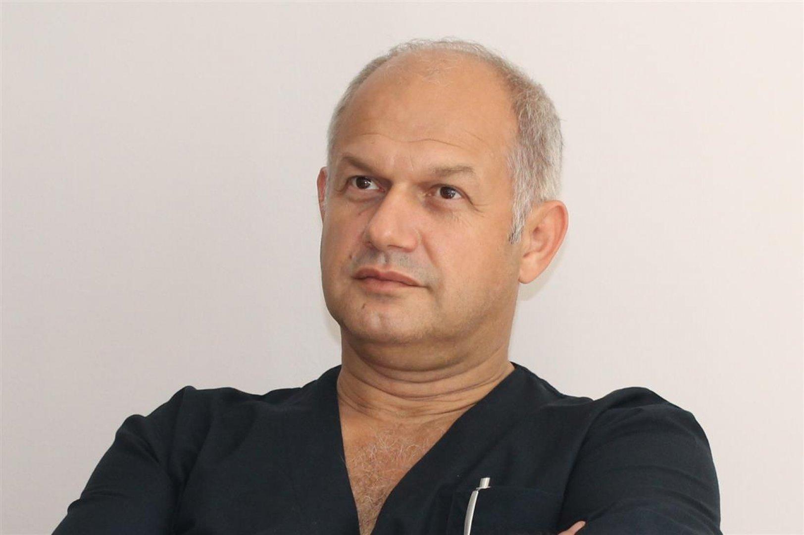Самите диабетици също нямат знанието как трябва да се лекуват, смята д-р Василев. Снимка УМБАЛ - Бургас