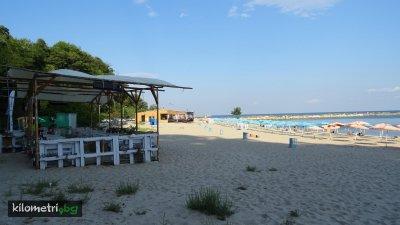 Търсят се стопани на плажа във Варна. Снимката е илюстративна