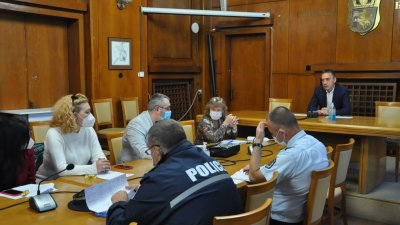 Организацията на баловете бе обсъдена на среща в Общината. Снимка Община Бургас
