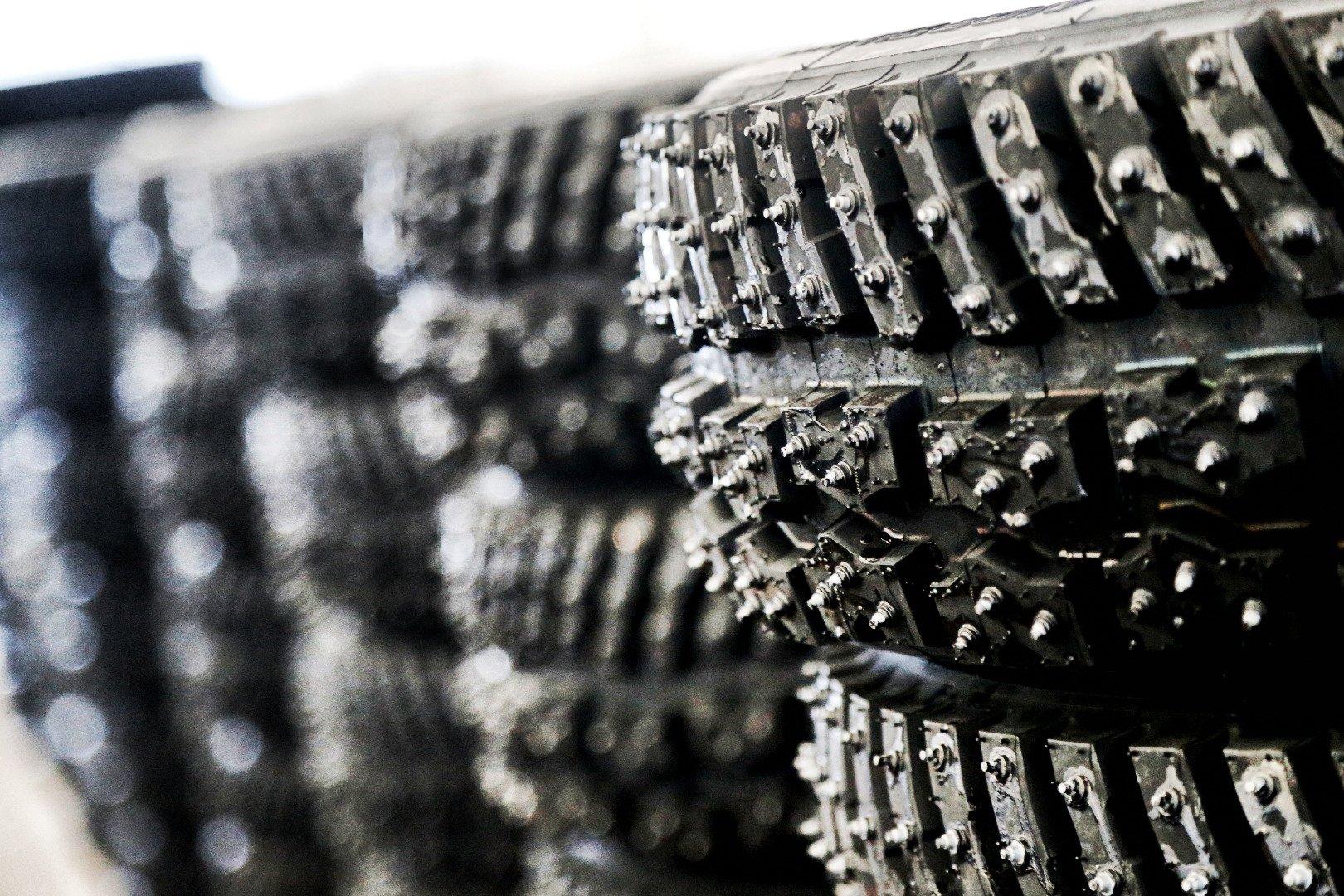 Гумите са едни от отпадъците, които често се използват за горене