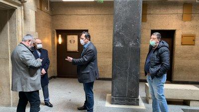 Планът за работа бе представен на заседание на Общинския кризисен щаб. Снимка Община Бургас