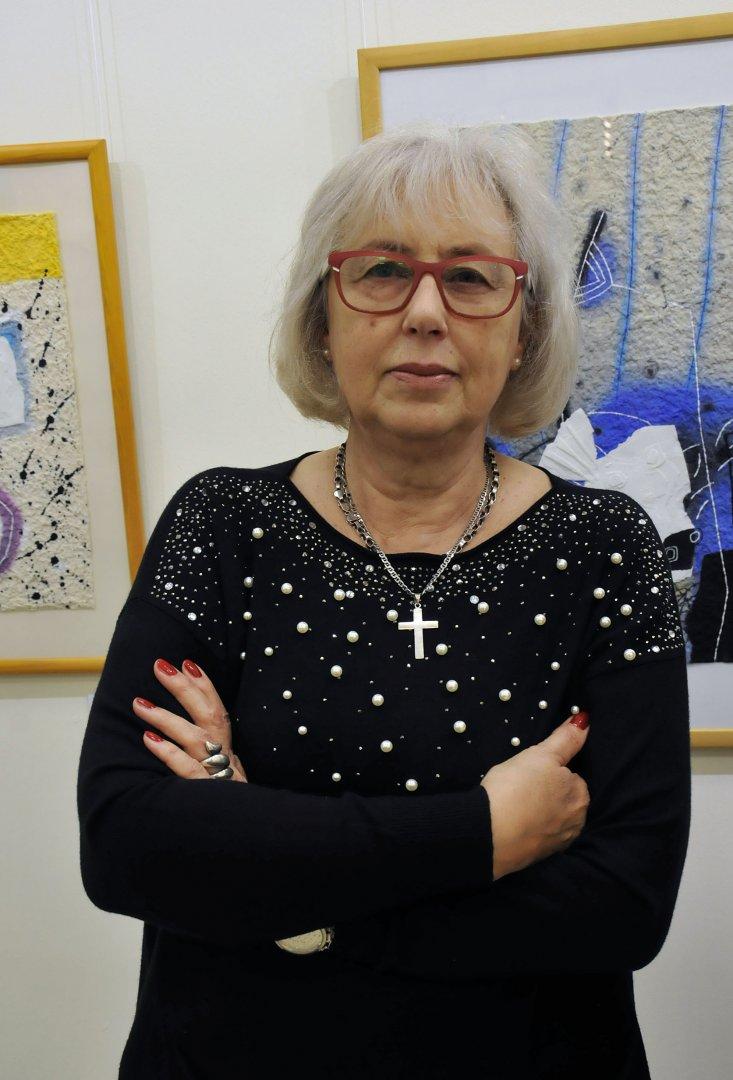 Това е втората изложба, която Ева Стефанова организира в памет на съпруга си Стефан Марков. Снмки Тодор Ставрев