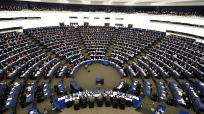 Евродепутатите отбелязват, че от 2017 г. насам над 32 компании са фалирали