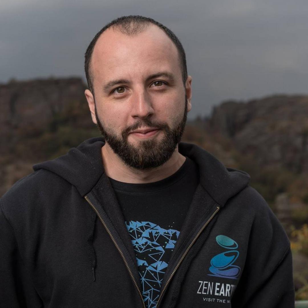 Георги Георгиев и колегите му вече набират популярност с проекта за Белоградчишките скали. Снимки Личен архив