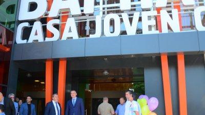 Сградата е обновена по проект. Снимки Пресцентър Община Варна