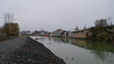 Това е вторият етап от проекта за почистване на канала. Снимка Областна управа
