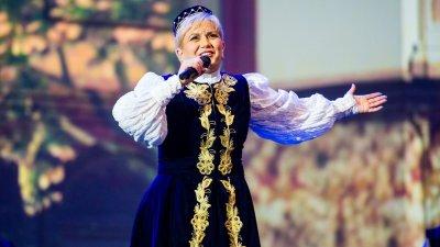Николина Чакърдъкова гостува в Бургас в края на юли