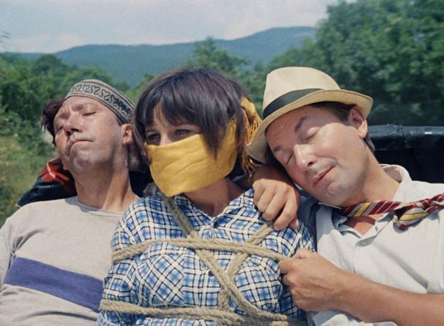 Кадър от филма Кавказка пленница, който ще бъде показан на 13-ти август