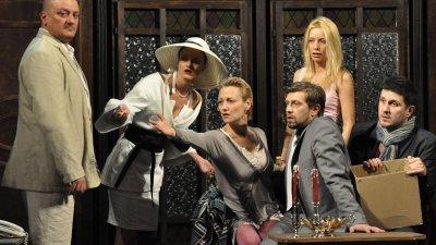 Звезден актьорски състав участва в Смях в залата. Снимка ДКТ Иван Димов - Хасково