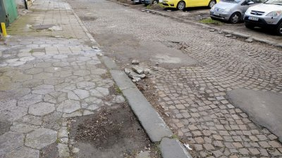 Ремонтът на улицата започна на 4-ти март. Снимки Община Бургас