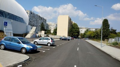 От Общината изградиха и нови улици в комплекса. Снимки Община Бургас