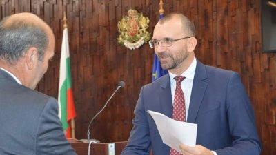 Областният управител Вълчо Чолаков е разпоредил със своя заповед облекченията за наематели на институцията. Снимка Областна управа - Бургас