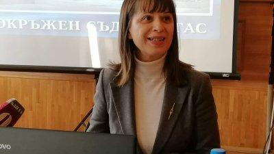 В анкетата са участвали 45 служители на съда, каза съдия Темелкова. Снимка Лина Главинова