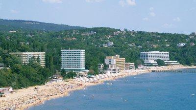 Концесията на плажа се продължава с правоприемника на дружеството