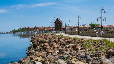Почетното консулство в Несебър е с консулски окръг, който обхваща територията на общините Бургас, Варна и Добрич