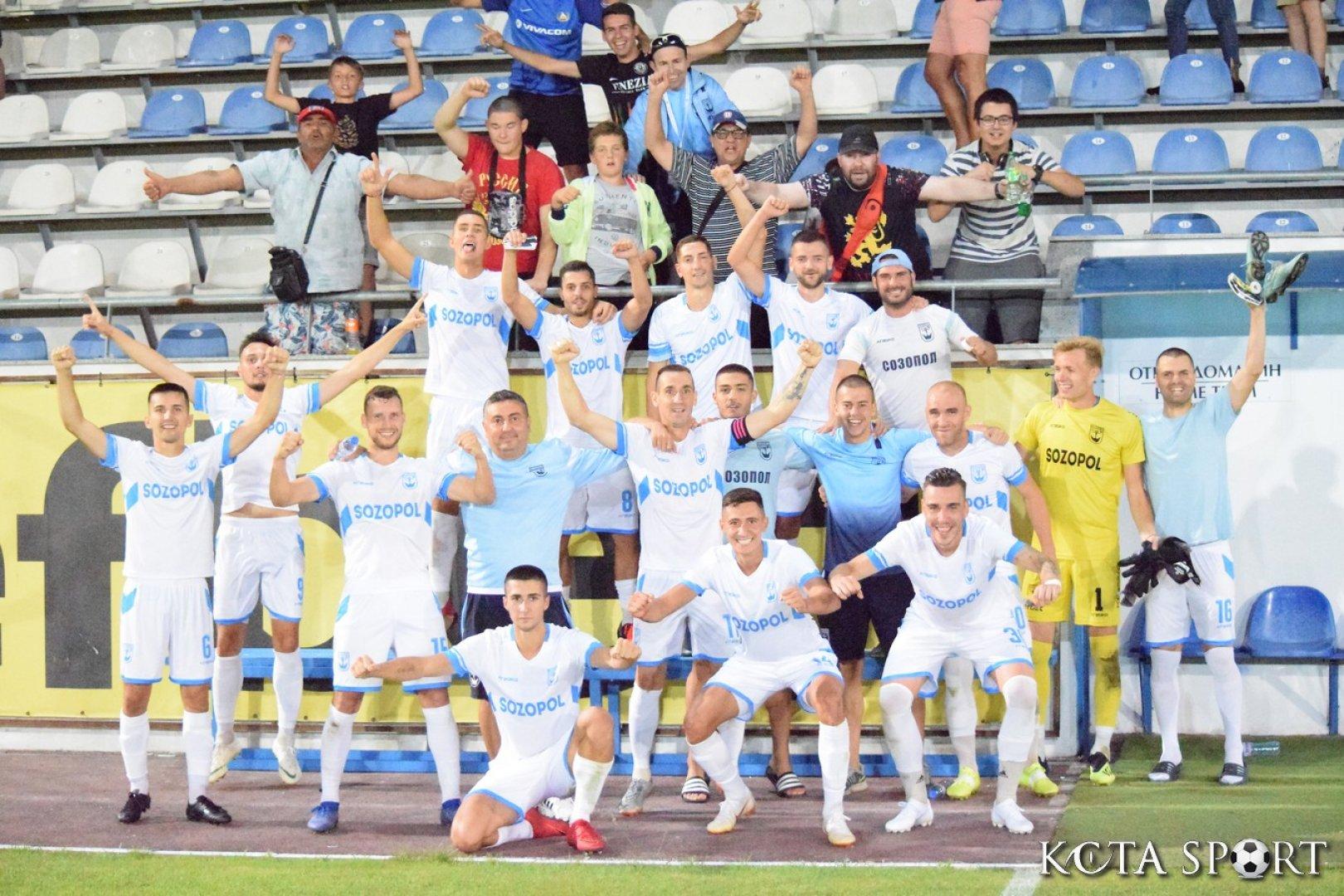 Футболистите на Созопол спечелиха важна победа срещу опонентите си от Свиленград 1921. Снимка ФК Созопол