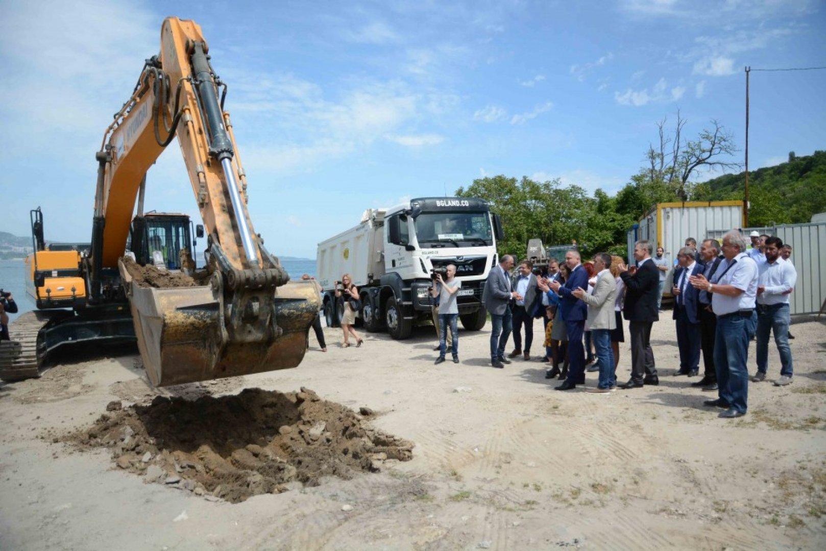 Пристанището ще струва 13,7 млн. лева. Снимки Община Варна
