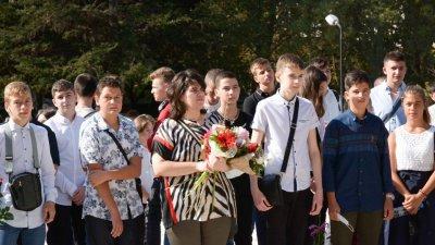 Приблизително 30 000 са учениците във Варна. Снимки Община Варна