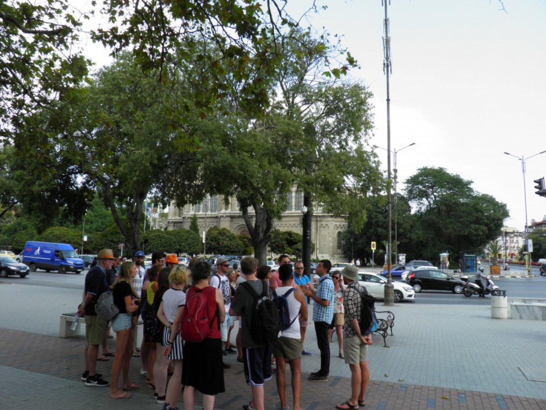 Туристи от 40 националности са се включили туровете във Варна. Снимка Община Варна