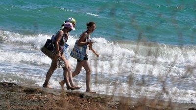Температурата на морската вода ще бъде 23-24 градуса, вълнението на морето 2-3 бала. Снимка Черноморие-бг